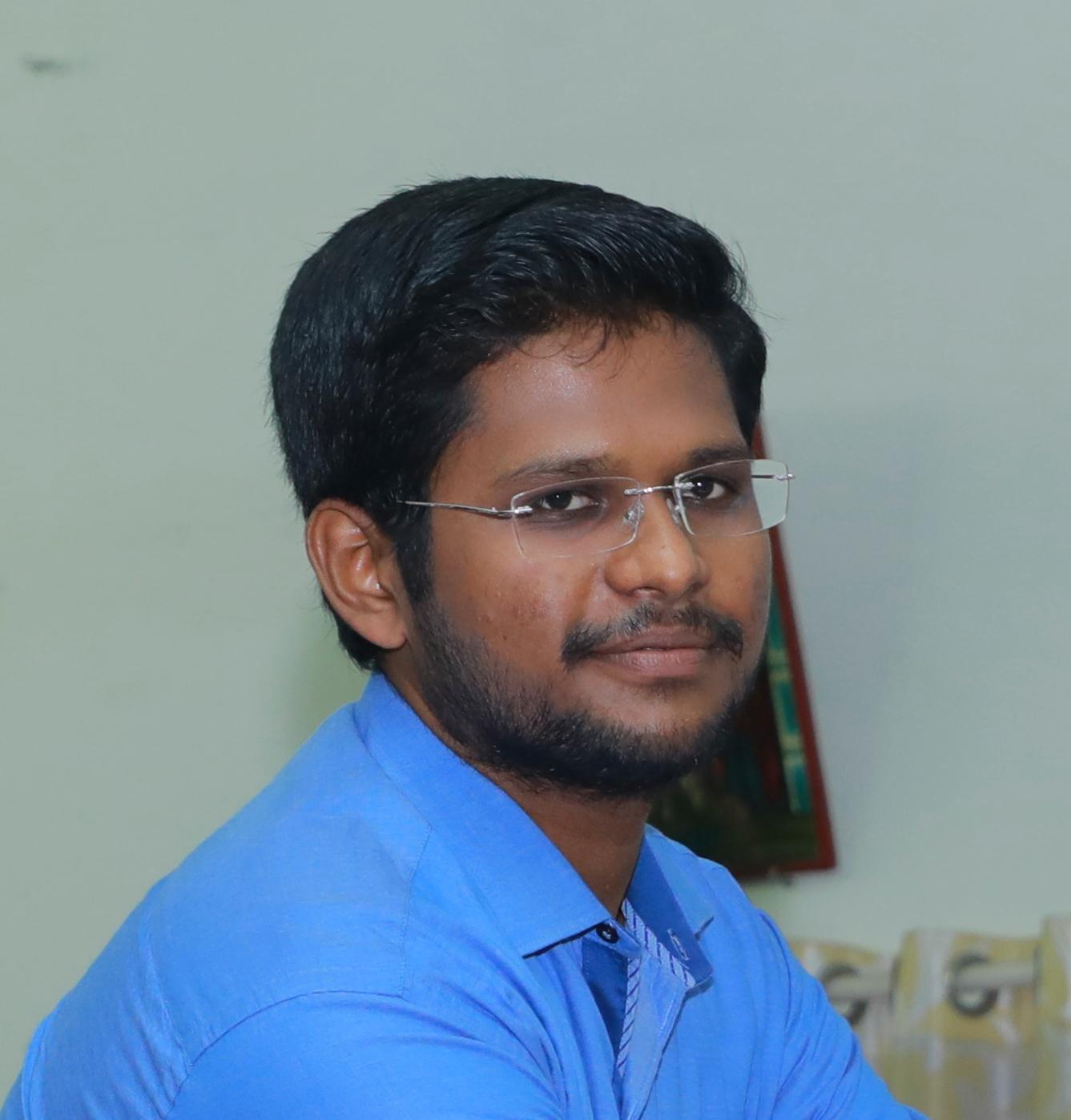 Dr__Sabari_Raj